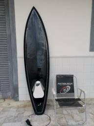 Prancha de surf preta profissional