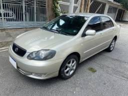 Vendo  Corolla 1.8 ano 2004- Com baixo km....Whats *
