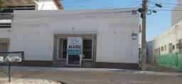 Título do anúncio: Alugo para comércio ou serviços excelente casa em Petrolina/PE.