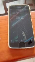 Celular Smartphone Moto G5S usado - RAM: 2GB, mem. Interna: 32GB (aberto a negociações)