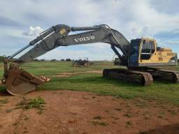 Escavadeira Volvo 360b NLB / 2012 / Parcelamos