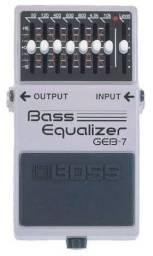Título do anúncio: Pedal Bass Boss Equalizer, na caixa, pouco