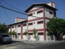 Apartamento com 2 dormitórios para alugar, 52 m² por R$ 559,00/mês - Henrique Jorge - Fort