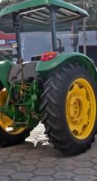 Trator John Deere 5055e 2015