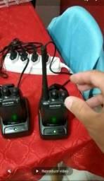 Poucas unidades do Par de rádios comunicador BF 777s . Completos na caixa