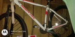 Bike esportiva 1200