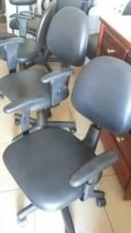 Cadeira giratória ergonômica