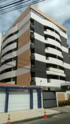 Apt de 93 m², no Stella Maris, completo de armários, 2 vagas, só 345 mil!