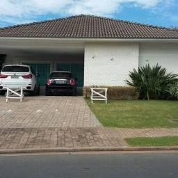 Casa terrea condominio alphaville com moveis planejados