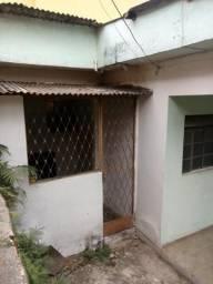 Casa,(barracao), 3quart,5 mint do centro(600Reais)Direto c/Proprietário