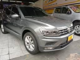 Volkswagen Tiguan Allspace 250 Comfortline 1.4 TSI 2019 Completa com teto 4.900km - 2019