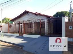Casa  com 3 quartos - Bairro Vila Jardim Pompéia em Goiânia