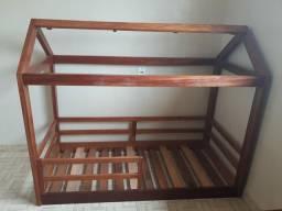 Cama infantil montessoriana R$350,00