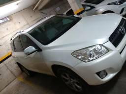 Vendo Toyota RAV4, 4x4, ano 2011, completa - 2011
