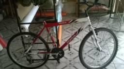 Bicicleta 18 marchas aro 26, semi nova