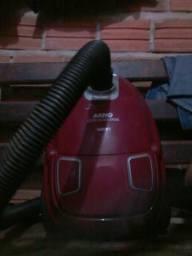 Tenho este aspirador de pó de carro Arno.