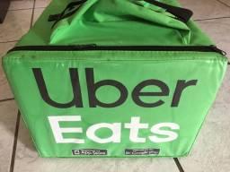 Mochila térmica de entregas da Uber Eats