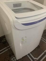 Máquina de lavar Electrolux 13 kg seminova