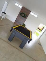 Mesa com 4 Pés Cor Preta Tecido Preto e Borda Amarela Mod. WDSN2411