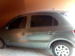 Vendo um carro da cor cinza automático por 17.000 - 2011