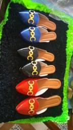 Sandálias mulles,lindas,macias e confortaveis,entrega a combinar. *