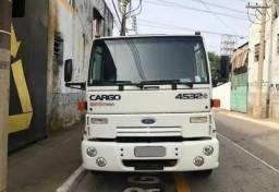 Ford Cargo 4532 ano 2009 Conservado - 2009