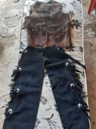 Roupa de vaqueiro couro legítimo
