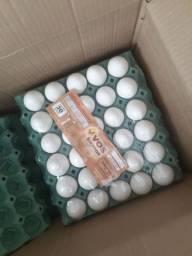 Ovos brancos jumbo 11 reais a cartela