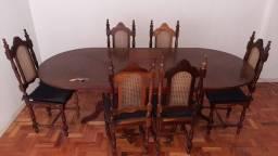 Sala de Jantar antiga estilo Luis xv