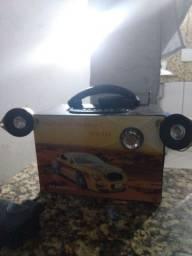 Vendo caixinha de som funcionando certinho