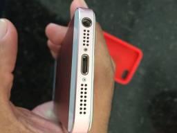 IPhone SE poucas marcas de uso