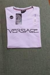 Título do anúncio: Camisa versace tamanho M