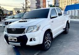 Título do anúncio: Toyota Hilux SRV