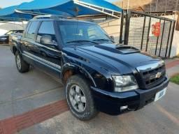 GM - S10 Executive 2.8TD 4X4 Diesel C.D R$ 73.900