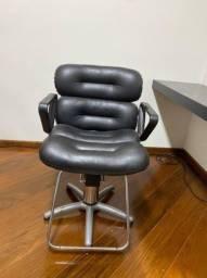 Título do anúncio: Cadeiras Ferrante Feminina