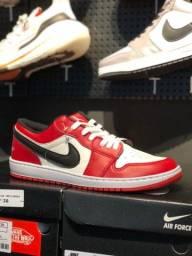 Tênis Nike Air Jordan Chicago