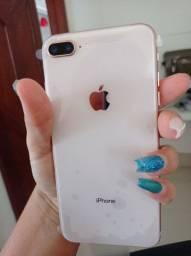 iPhone 8 plus 64 GB .De Vitrine
