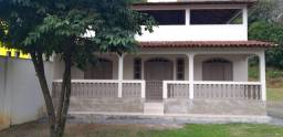 Aluga-se Casa 3 Quartos no Centro em João Neiva