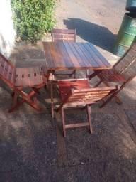 Jogo mesa 4 cadeiras $500,00
