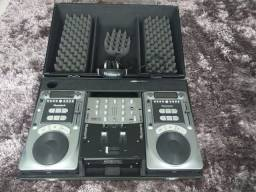 Mesa DJ marca Numark Axis 8/9 (profissional)
