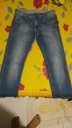 Título do anúncio: Calça jeans masculina original  usada uma vez semi nova