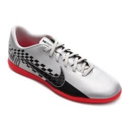 Título do anúncio: Chuteira Futsal Nike Mercurial Vapor 13 Club TF n° 41