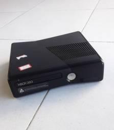 Xbox 360 + Kinect + 3 jogos