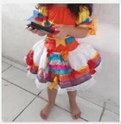 Vestido Junino veste 2 à 3 anos