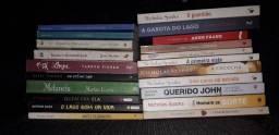 Título do anúncio: Vendo livros 10 reais  cada um