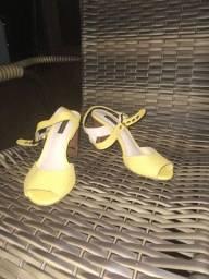 Título do anúncio: Vendo sandalia Jorge bischoff