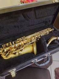 Vendo sax alto ou troco por tenor