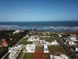 Lote de 300 m2 em Condomínio Pé Na Areia