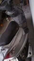 Vendo ou troca essa moto por outras maior  - 2009