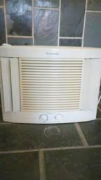Vendo Ar Condicionado Electrolux 7.500btus